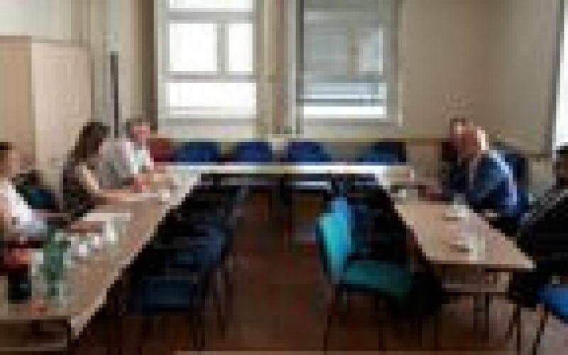 (Srpski) Održan sastanak sa predstavnicima Zavoda za unapređivanje obrazovanja i vaspitanja