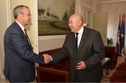 Predsednik Skupštine AP Vojvodine razgovarao sa šefom Delegacije EU u Srbiji