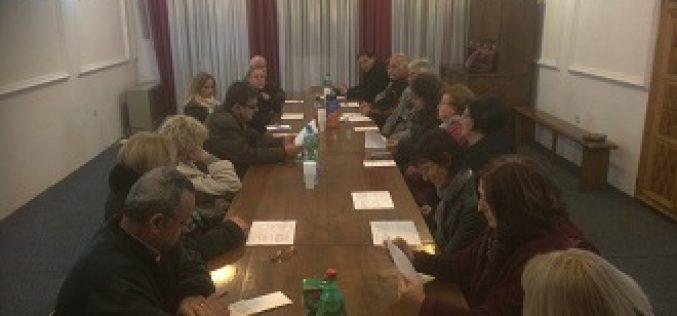 """(Srpski) Okrugli stolovi u Nišu na temu """"Pristupi kulturnim raznolikostima"""""""