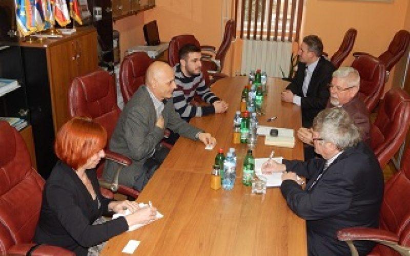 Pokrajinski ombudsman u poseti Nacionalnom savetu češke nacionalne manjine