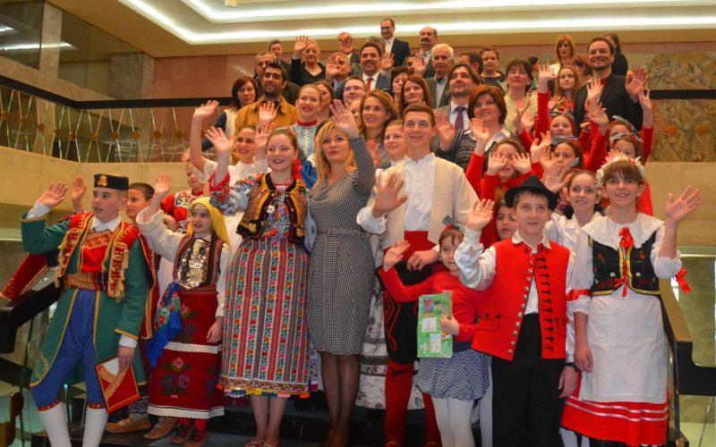 (Srpski) Paunović: U Srbiji živi više od 30 etničkih zajednica koje govore različitim jezicima