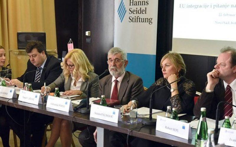 (Srpski) EU integracije i pitanje nacionalnih manjina u Srbiji