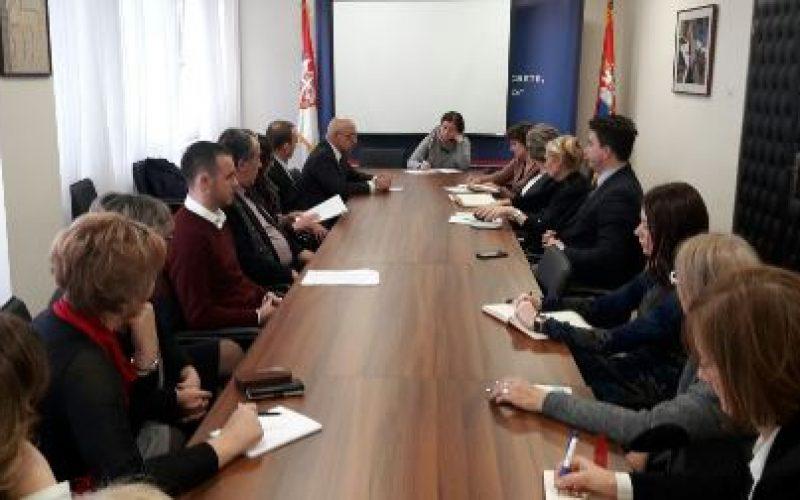 O sadržajima udžbenika u nastavi na bosanskom jeziku