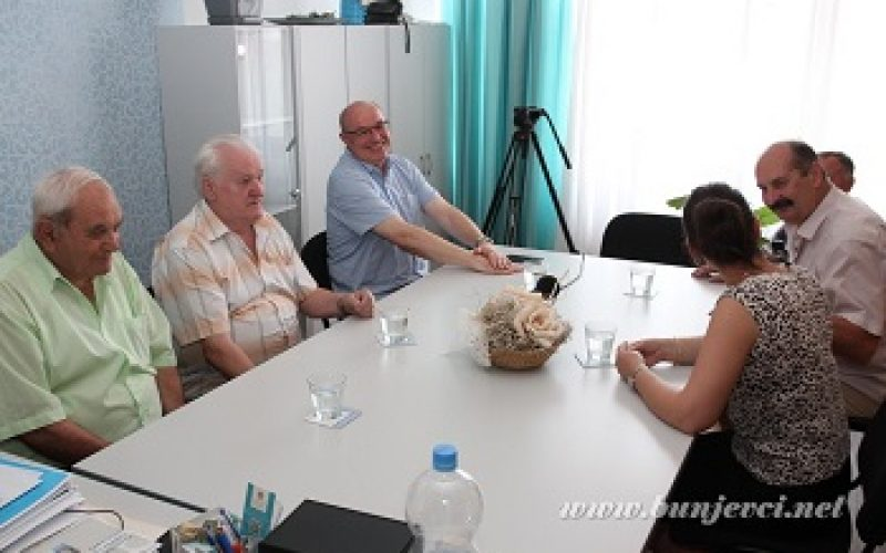 Andrija Peić Tukuljac i Ivan Šarčević u positi Nacionalnom savitu bunjevačke nacionalne manjine
