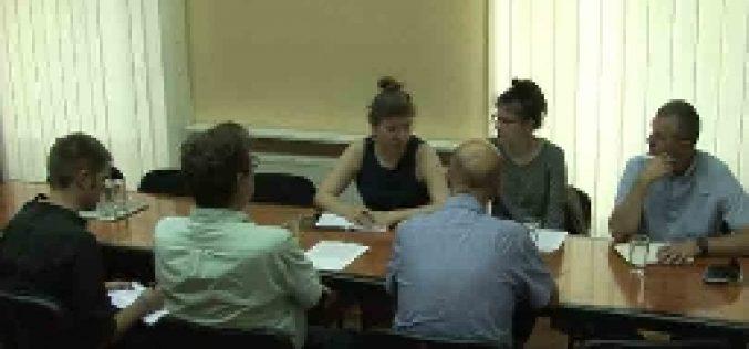 (Srpski) Predstavnici Odjela za demokratizaciju misije OESS-a u Srbiji posjetili HNV