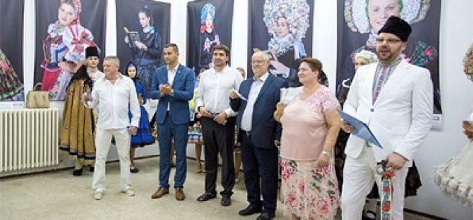 """Bošnjak na otvaranju izložbe """"Slovačka lepota"""""""