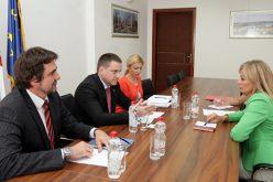 (Srpski) RUŽIĆ: Radimo na još dva zakona koji će unaprediti položaj nacionalnih manjina