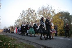 "Drugi festival ""Slovačka narodna nošnja Slovaka u Vojvodini"""