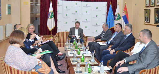 (Srpski) Šef delegacije EU posjetio BNV