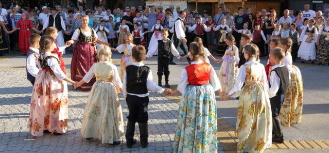 """Bunjevci obeležili nacionalni praznik """"Dan Dužijance"""""""