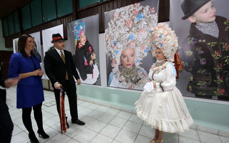 U Kisaču održan treći festival slovačkog praznika lepote narodnih nošnji