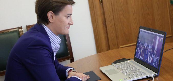 Premijerka održala Skajp čas đacima iz Ruskog Krstura