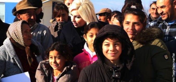 Uručeni ključevi stanova za 34 romske porodice