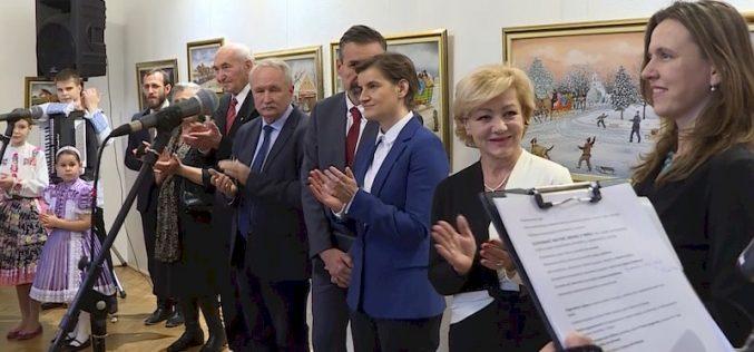 (Srpski) Slovačka nacionalna manjina čini Srbiju lepšom i bogatijom