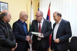 (Srpski) Delegacija BNV posjetila biblioteku u Novom Pazaru