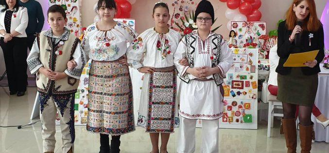 (Srpski) Festival narodnih običaja i Marcišora u Vladimirovcu