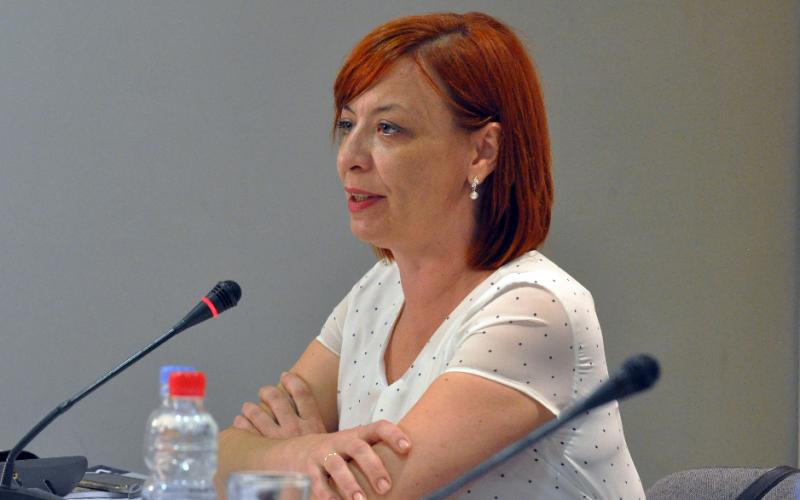 (Srpski) Eva Vukašinović-ZAKON O SLUŽBENOJ UPOTREBI JEZIKA I PISAMA