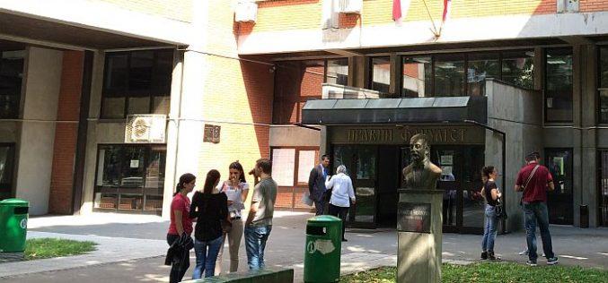 (Srpski) Pravni fakultet u Novom Sadu pravosnažno osuđen za diskriminaciju mađarskih učenika
