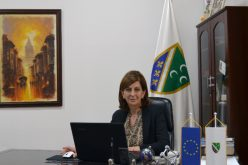 (Srpski) Dr. Jasmina Curić upisana kao predsjednica Vijeća u registru nacionalnih savjeta