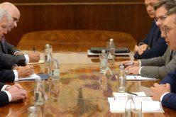 (Srpski) Predsednik Vučić sastao se sa delegacijom Svetskog jevrejskog kongresa