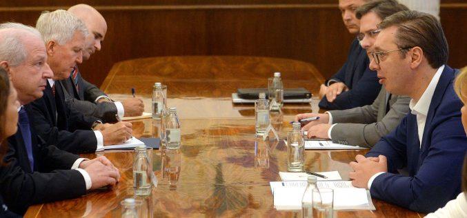 Predsednik Vučić sastao se sa delegacijom Svetskog jevrejskog kongresa