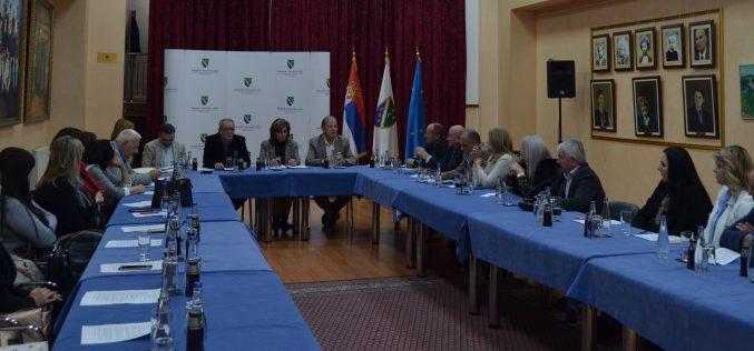 (Srpski) Usaglašeno uputstvo za zaštitu i unapredjenje prava na obrazovanje na bosanskom jeziku