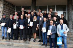 """Putari preduzeća """"Novi Pazar – put"""" dobitnici prvog novoustanovljenog priznanja u okviru kampanje """"Ljudi, budimo ljudi"""""""