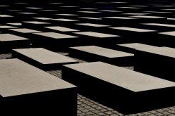 UMRS: SRBIJA DA USTANOVI  DAN  SEĆANJA NA ROMSKE ŽRTVE