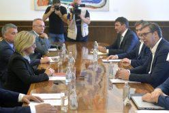 (Srpski) DELEGACIJA PREDSTAVNIKA HRVATSKE ZAJEDNICE SASTALA SE SA PREDSJEDNIKOM  VUČIĆEM