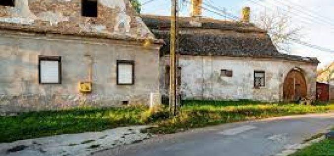 ZAŠTITI KATOLIČKU BAŠTINU U PETROVARADINU – ŠPILEROVA KUĆA U STAROM MAJURU Špilerova kuća u Starom Majuru