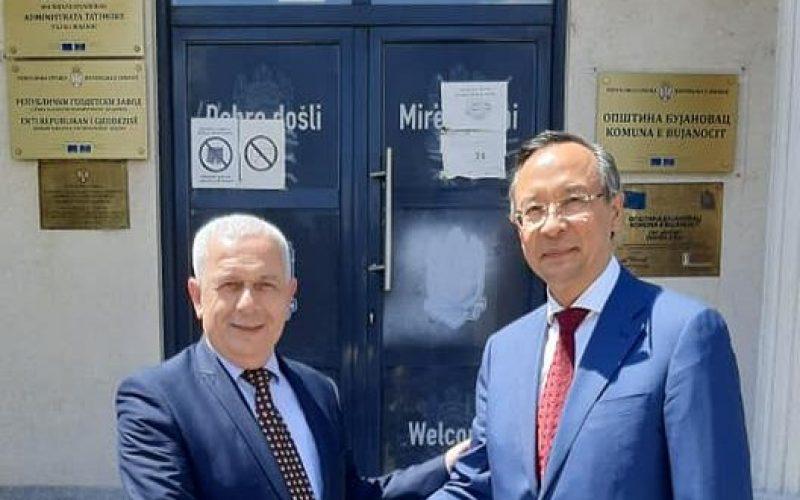 ARIFI TRAŽIO OD VISOKOG KOMESARA OEBS-A DA SPREČI DISKRIMINACIJU ALBANACA