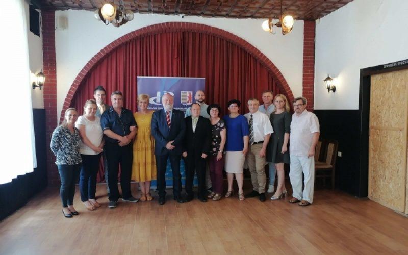 SKLOPLJEN MEMORANDUM O SARADNJI NACIONALNIH SAVETA SLOVAKA I RUSINA